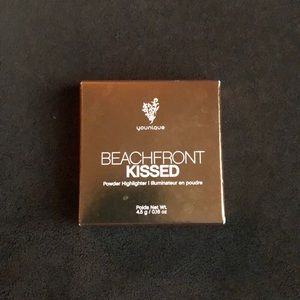 Younique Beachfront Kissed Highlighter